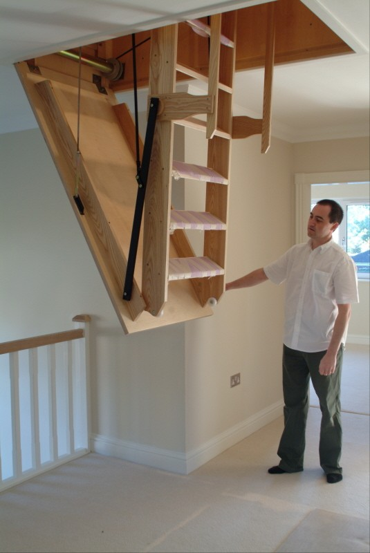 Choosing The Right Electric Loft Ladders